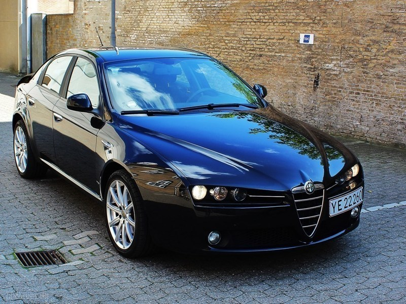 solgt alfa romeo 159 1 9 jtd 150hk brugt 2006 km i syddanmark. Black Bedroom Furniture Sets. Home Design Ideas