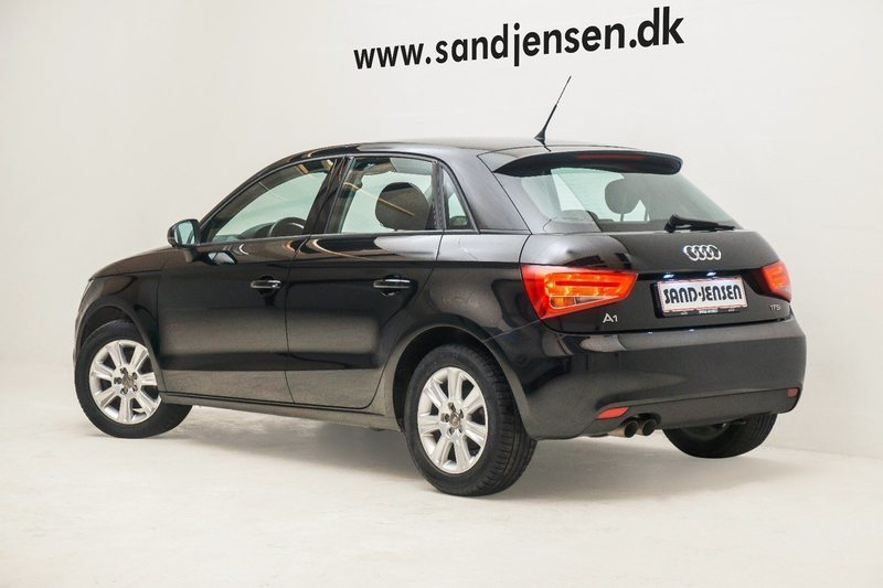 solgt audi a1 sportback 1 4 tfsi 12 brugt 2013 km i silkeborg. Black Bedroom Furniture Sets. Home Design Ideas