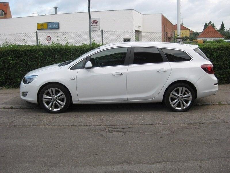 Solgt Opel Astra 2,0 CDTi 160 Sport., brugt 2011, km 10.000 i Kastrup