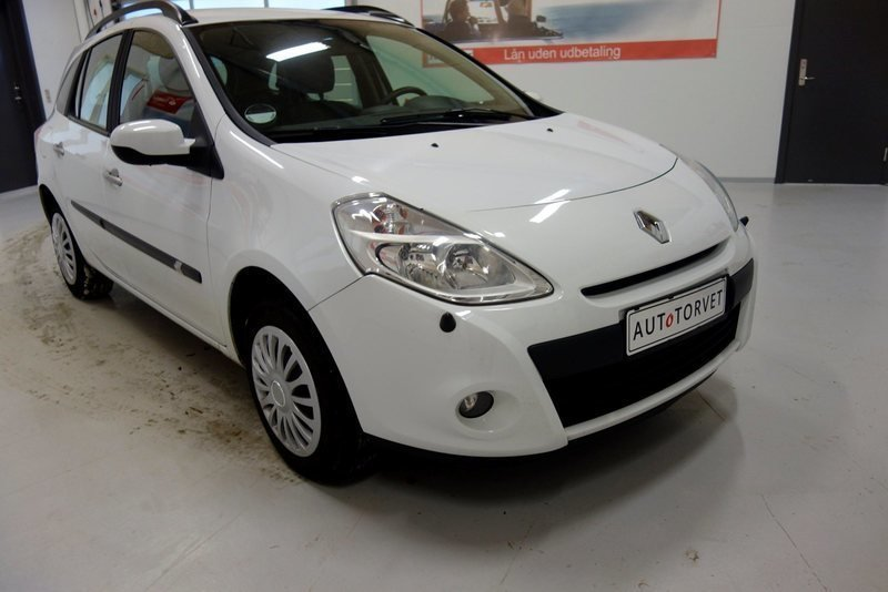 solgt renault clio iii 1 5 dci 65 e brugt 2010 km i vodskov. Black Bedroom Furniture Sets. Home Design Ideas
