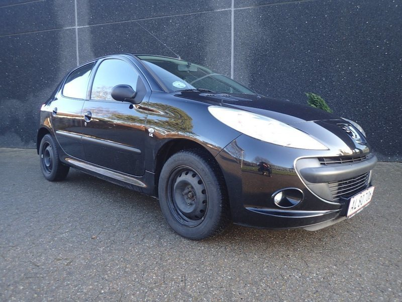 solgt peugeot 206 1 4 hdi 70 comfo brugt 2010 km i silkeborg. Black Bedroom Furniture Sets. Home Design Ideas