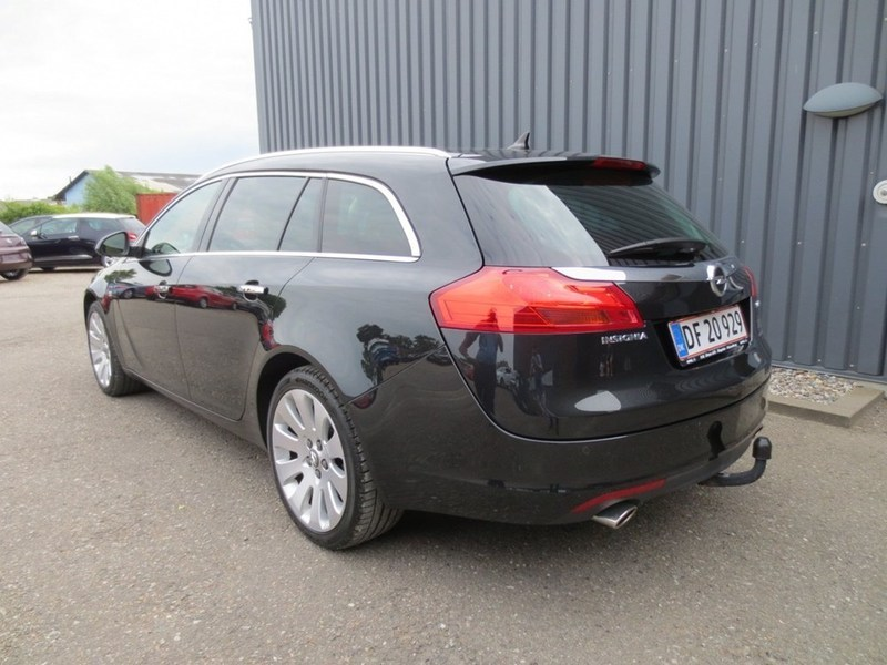 solgt opel insignia 2 8 v6 turbo co brugt 2010 km 79. Black Bedroom Furniture Sets. Home Design Ideas