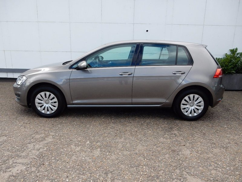solgt vw golf vii 1 4 tsi 122 editi brugt 2015 km i eg. Black Bedroom Furniture Sets. Home Design Ideas