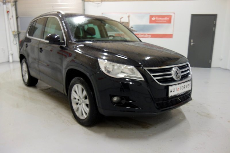 solgt vw tiguan 2 0 tdi 140 sport brugt 2008 km i vodskov. Black Bedroom Furniture Sets. Home Design Ideas