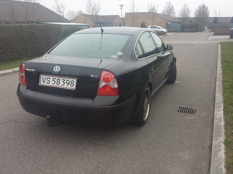 solgt vw passat 1 9 tdi limousine brugt 2001 km i syddanmark. Black Bedroom Furniture Sets. Home Design Ideas