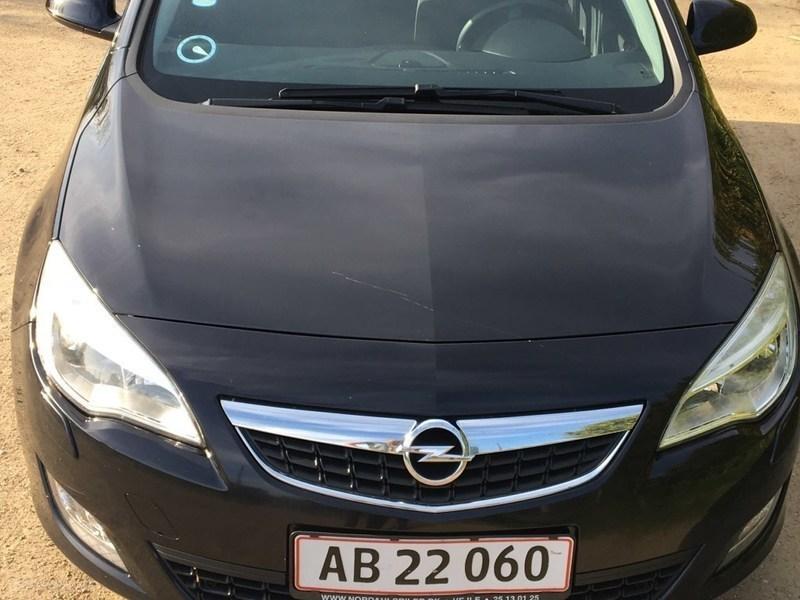 Solgt Opel Astra 3 CDTI DPF Enjoy 9., brugt 2010, km 126.000 i Hovedstaden