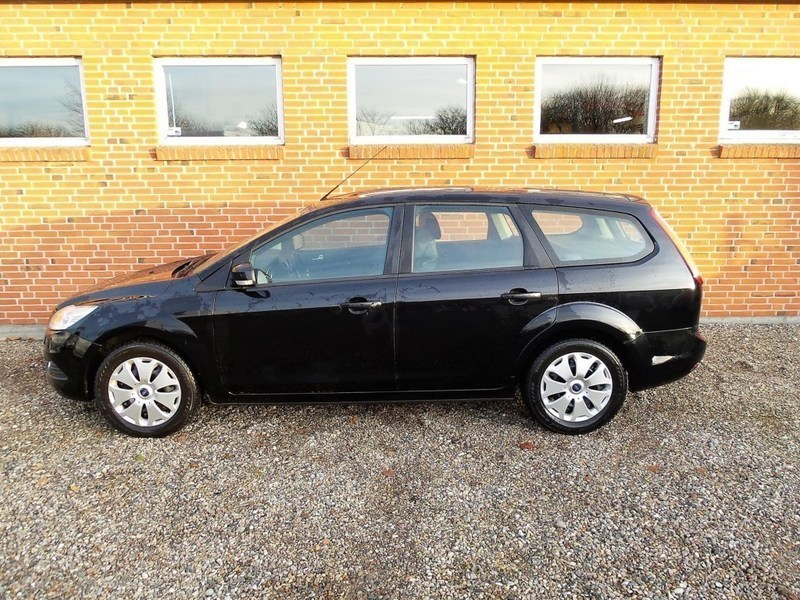 solgt ford focus 1 6 tdci trend 90h brugt 2007 km i syddanmark. Black Bedroom Furniture Sets. Home Design Ideas