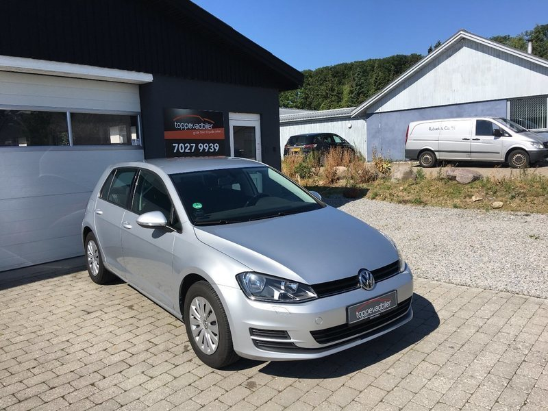 solgt vw golf vii 1 2 tsi 105 trend brugt 2014 km i stenl se. Black Bedroom Furniture Sets. Home Design Ideas