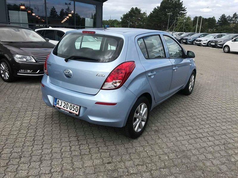 Hyundai i20 1.3 Benzin 82 HK (2013) | Ishøj | AutoUncle
