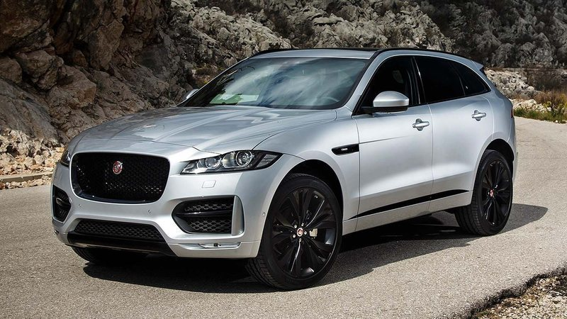 brugt 2 0 p250 pure aut awd jaguar f pace 2017 km 0 i risskov. Black Bedroom Furniture Sets. Home Design Ideas
