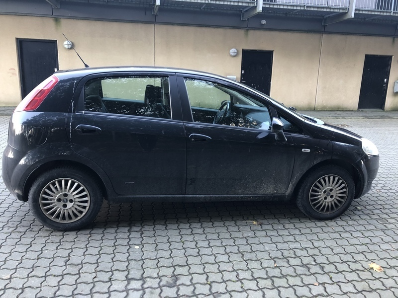 brugt 1 3 jtd fiat punto 2007 km i aarhus autouncle. Black Bedroom Furniture Sets. Home Design Ideas