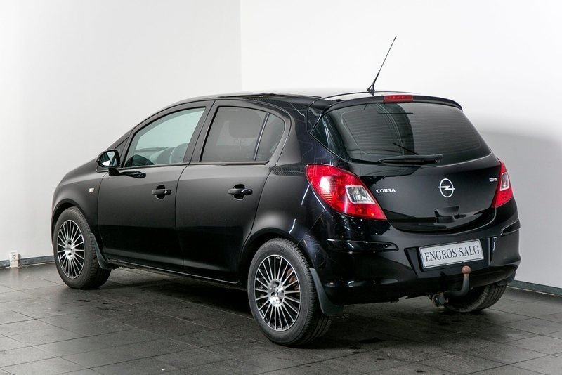 solgt opel corsa 1 3 cdti 90 cosmo brugt 2009 km i vejle. Black Bedroom Furniture Sets. Home Design Ideas