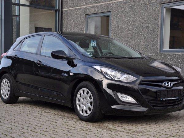 brugt Hyundai i30 - CRDi 110 XTR ISG Eco - 1,6 Diesel