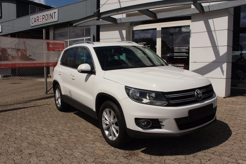 solgt vw tiguan 2 0 tdi 140 sport brugt 2013 km i viby j. Black Bedroom Furniture Sets. Home Design Ideas