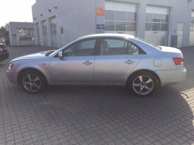 Solgt Hyundai Sonata 2,4 GLS, brugt 2005, km 147.000 i Ishøj