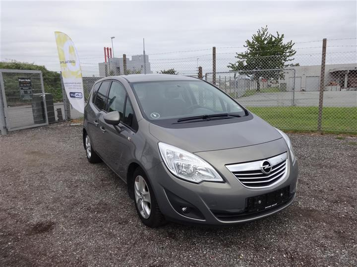 solgt opel meriva 1 7 cdti activan brugt 2011 km 28. Black Bedroom Furniture Sets. Home Design Ideas