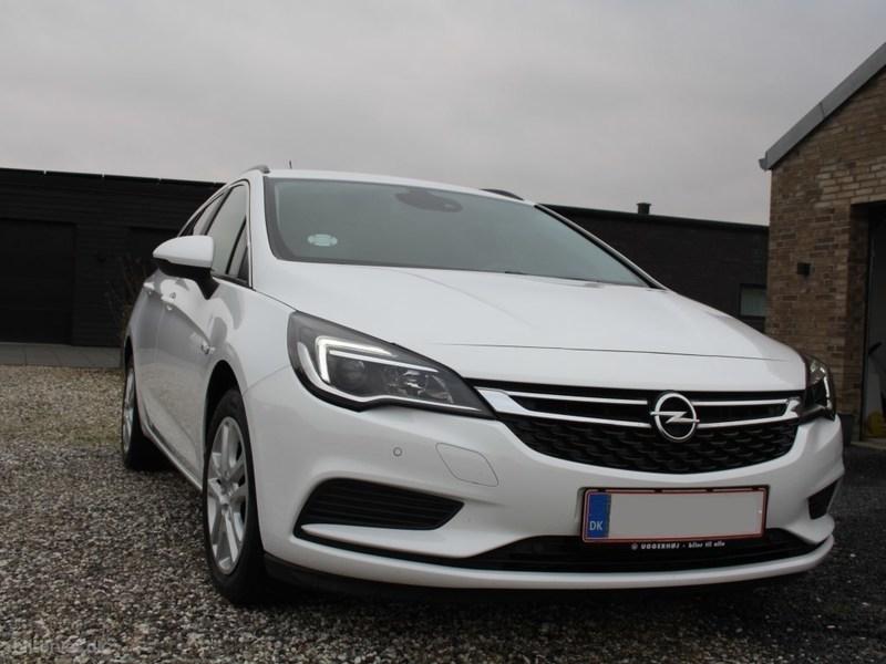 Solgt Opel Astra 1,6 CDTI Enjoy Sta., brugt 2017, km 22.000 i Midtjylland