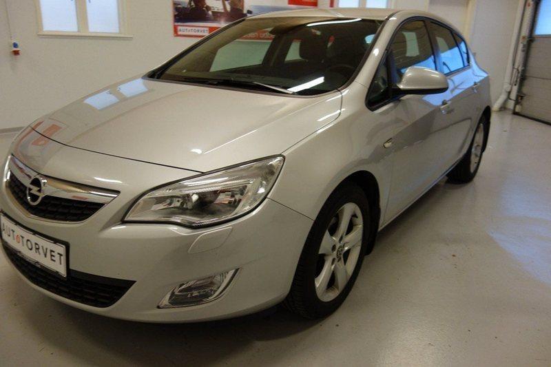 Solgt Opel Astra 7 CDTI Enjoy 110HK., brugt 2010, km 192.000 i Vodskov