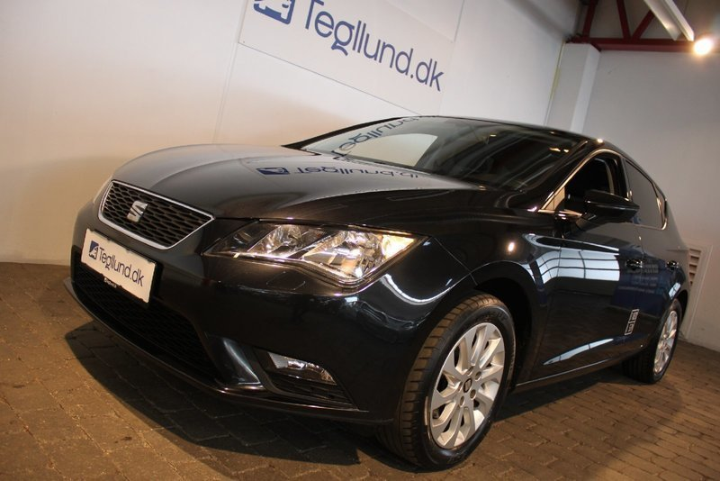 solgt seat leon 1 6 tdi 105 style v brugt 2013 km i vejle. Black Bedroom Furniture Sets. Home Design Ideas