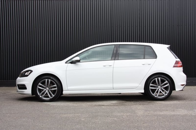 solgt vw golf vii 1 4 tsi 140 r lin brugt 2015 km i herning. Black Bedroom Furniture Sets. Home Design Ideas
