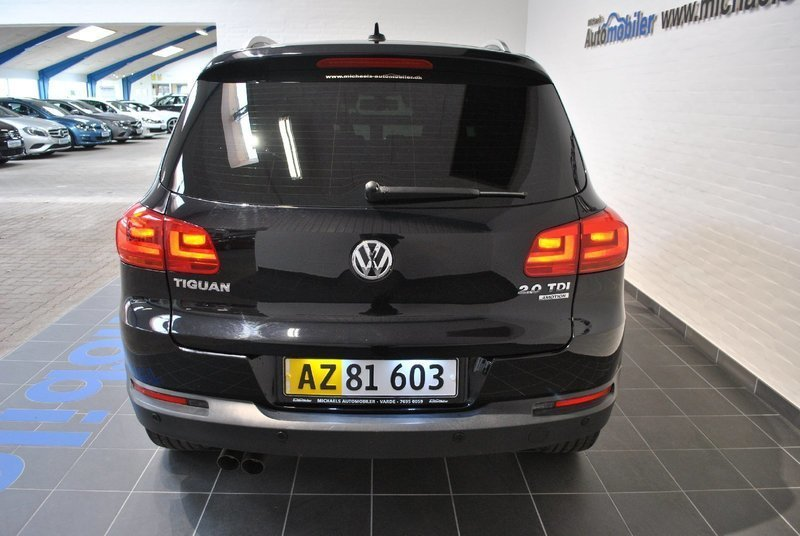 solgt vw tiguan 2 0 tdi 140 sport brugt 2012 km i varde. Black Bedroom Furniture Sets. Home Design Ideas