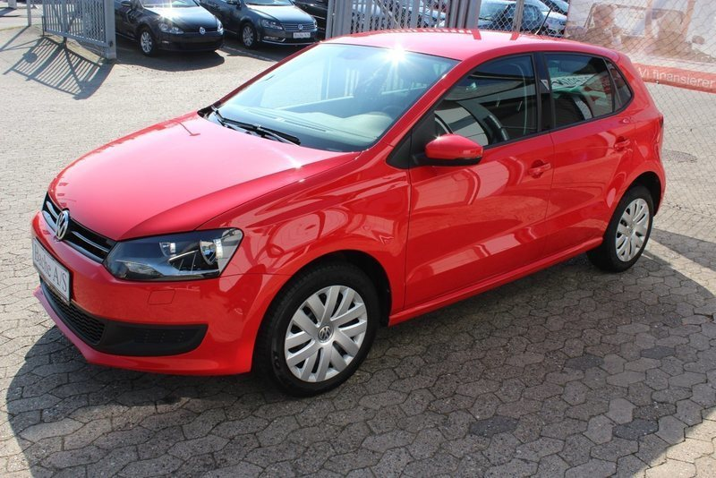 solgt vw polo 1 6 tdi 90 comfortlin brugt 2013 km 61. Black Bedroom Furniture Sets. Home Design Ideas