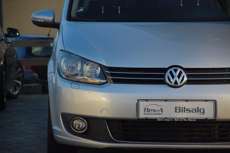 brugt VW Touran 2,0 TDi 140 Highline DSG BMT 7prs