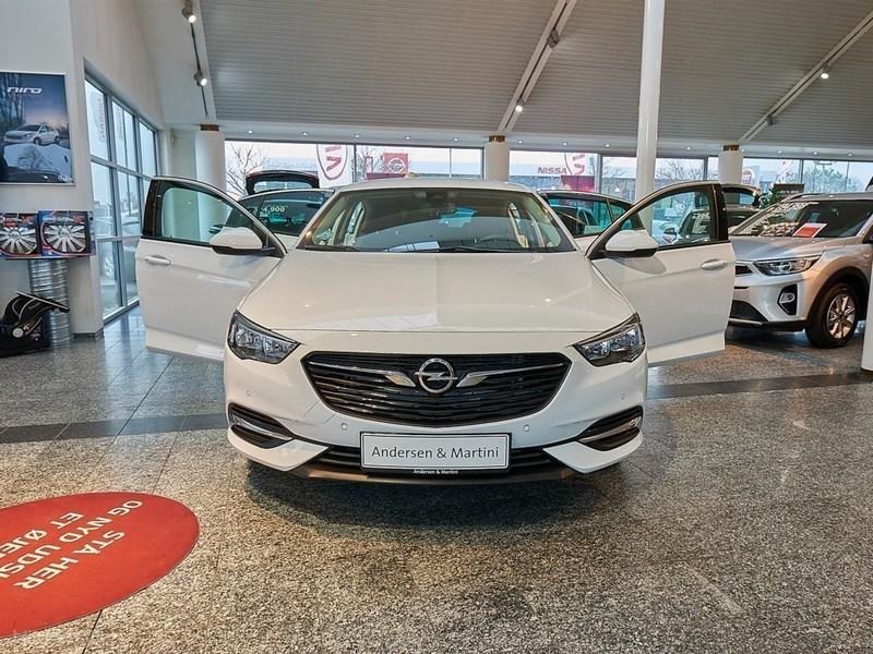 Solgt Opel Insignia Grand Sport 1,5., brugt 2017, km 12.156 i Hovedstaden