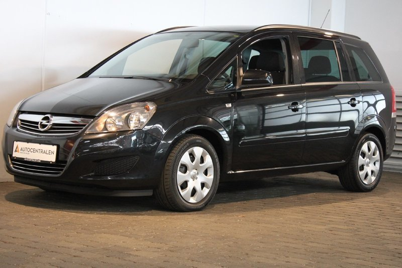 solgt opel zafira 1 7 cdti 125 clas brugt 2014 km i vejle. Black Bedroom Furniture Sets. Home Design Ideas