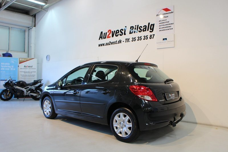 solgt peugeot 207 1 4 hdi 70 active brugt 2011 km i taastrup. Black Bedroom Furniture Sets. Home Design Ideas