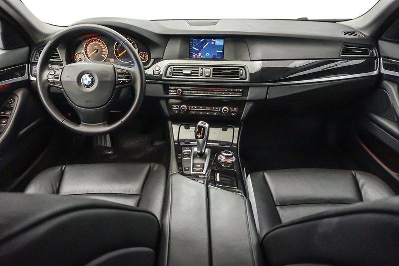 B1669788 ba09 4aff 936e f2a11b1adc14 bmw 530 d 3 0 touring aut 5d