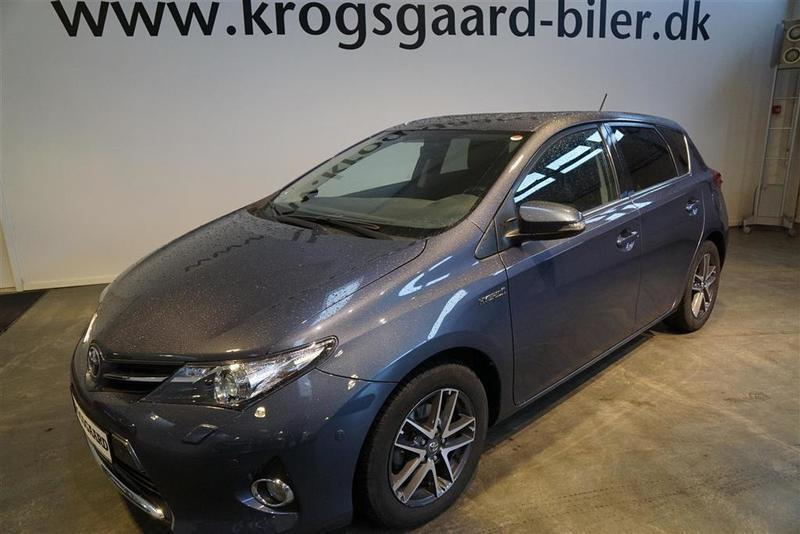 solgt toyota auris hybrid 1 8 vvt i brugt 2015 km i hovedstaden. Black Bedroom Furniture Sets. Home Design Ideas