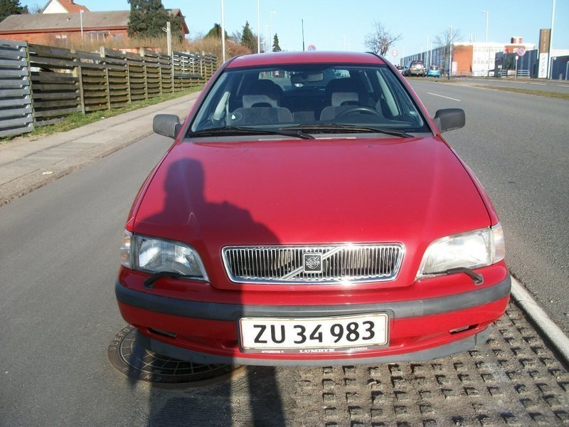 Brugt 1998 Volvo V40 1.8 Benzin kr. 33.595 - 2730 Herlev - AutoUncle