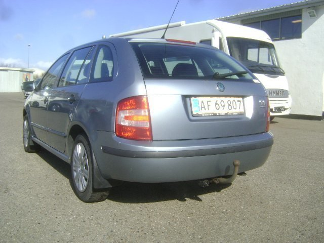 solgt skoda fabia 1 4 tdi ambiente brugt 2006 km i syddanmark. Black Bedroom Furniture Sets. Home Design Ideas