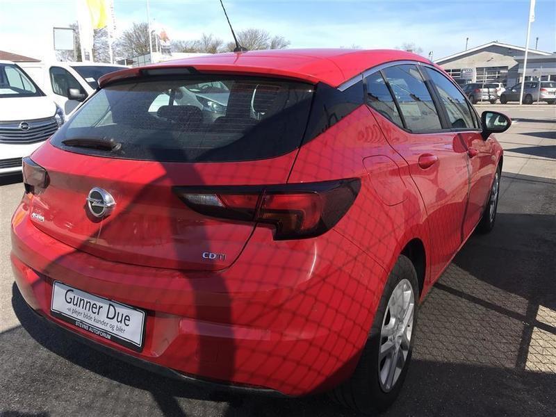 Solgt Opel Astra 1,6 CDTI Enjoy Sta., brugt 2016, km 13.451 i Sjælland