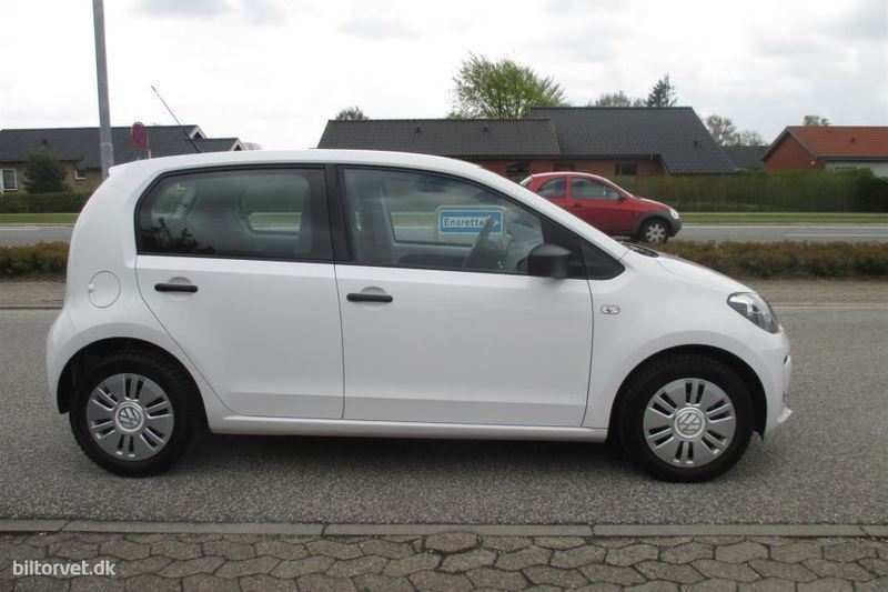 solgt vw up 1 0 bluemotion take 60 brugt 2012 km i grindsted. Black Bedroom Furniture Sets. Home Design Ideas