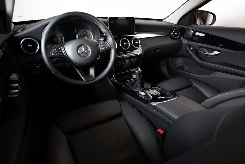 Debcdd1b ff41 4a57 86b8 9bb18829ed15 mercedes c200 bluetec exclusive st car