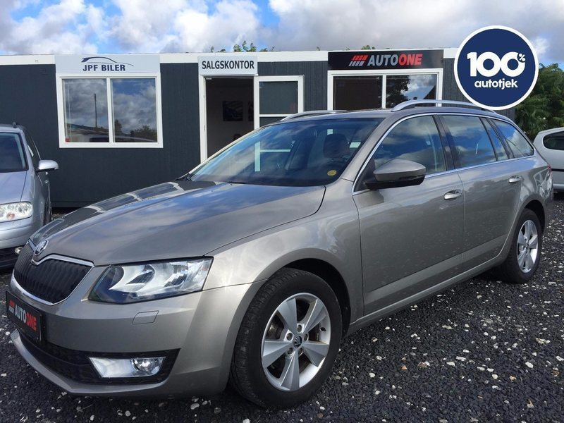 solgt skoda octavia 1 6 tdi 105 ele brugt 2015 km i roskilde. Black Bedroom Furniture Sets. Home Design Ideas