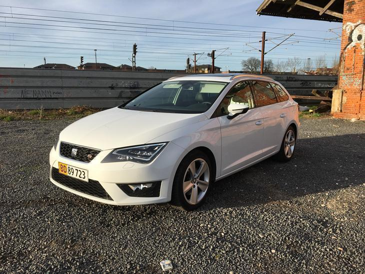 solgt seat leon st 1 8 tsi 180 dsg brugt 2014 km i sj lland. Black Bedroom Furniture Sets. Home Design Ideas