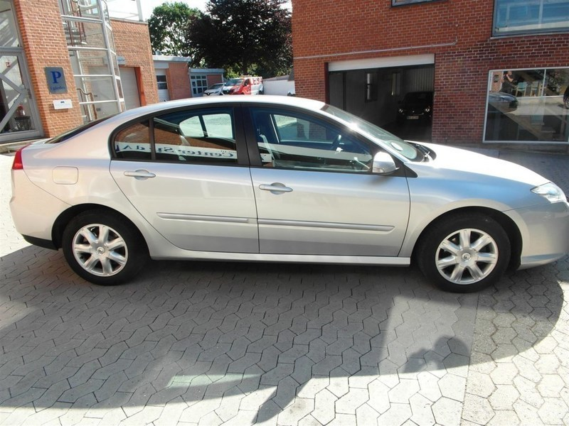 brugt 1 5 dci eco2 expression 110hk 5d 6g renault laguna 2008 km i sj lland. Black Bedroom Furniture Sets. Home Design Ideas