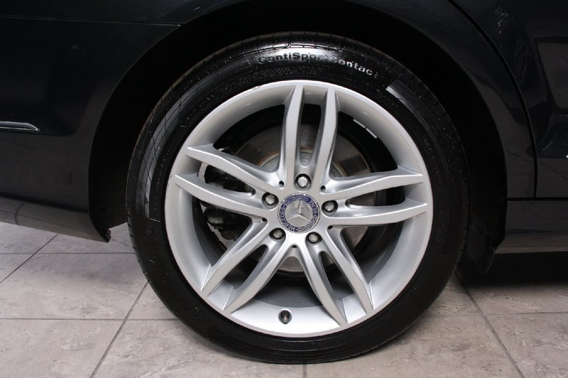 Edfeeaf5 03c7 4d08 85dd c30344c3f47d mercedes c200 2 2 cdi avantgarde st car aut be