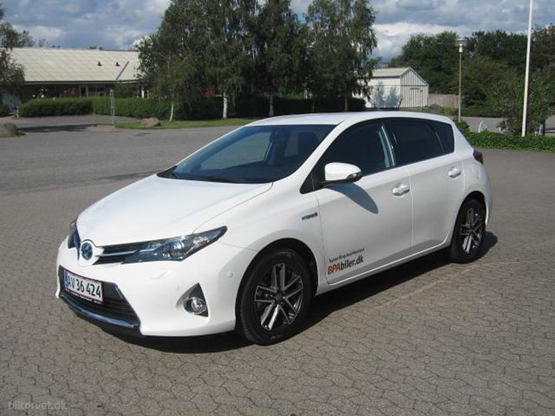 brugt 1 8 vvt i premium e cvt 136hk 5d aut toyota auris hybrid 2015 km i sj lland. Black Bedroom Furniture Sets. Home Design Ideas
