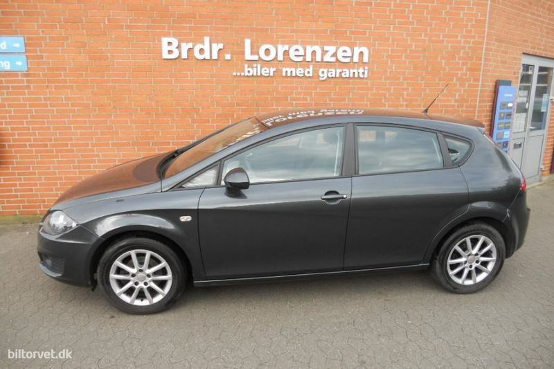 solgt seat leon 1 6 d style 1 6 tdi brugt 2011 km i sk rb k. Black Bedroom Furniture Sets. Home Design Ideas