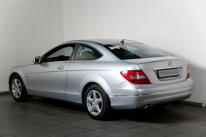 F087f6db aa85 4b2e 9d67 a99f9603c065 mercedes c220 2 2 cdi coupe aut be