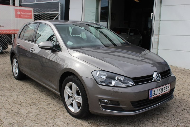 solgt vw golf vii 1 4 tsi 140 highl brugt 2014 km i viby j. Black Bedroom Furniture Sets. Home Design Ideas