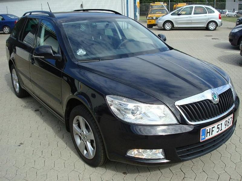 solgt skoda octavia 1 6 tdi 105 amb brugt 2012 km i frederikssund. Black Bedroom Furniture Sets. Home Design Ideas