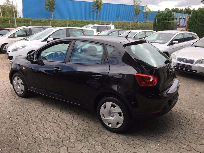 solgt seat ibiza 1 2 tdi 75 style e brugt 2011 km i aabenraa. Black Bedroom Furniture Sets. Home Design Ideas