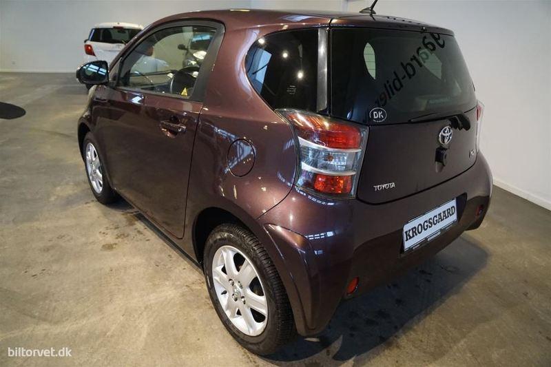 Solgt Toyota iQ 2 1,0 VVT-I 69HK 3d, brugt 2010, km 37.000 i Rødovre