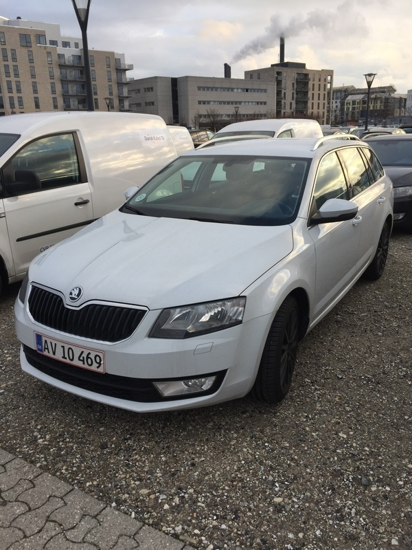 solgt skoda octavia combi 1 4 tsi a brugt 2015 km i vordingborg. Black Bedroom Furniture Sets. Home Design Ideas