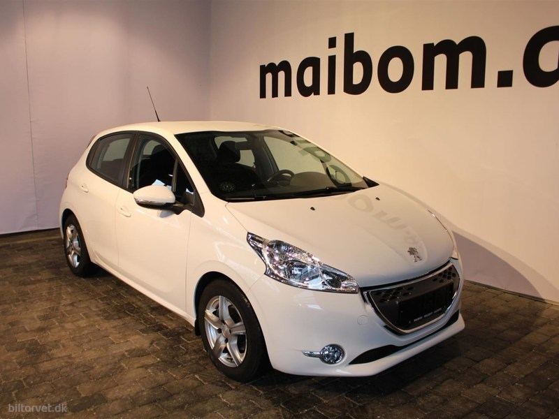 solgt peugeot 208 1 4 e hdi active brugt 2012 km i aalborg. Black Bedroom Furniture Sets. Home Design Ideas